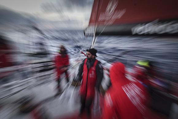 Focus su Pascal Bidegorry, navigatore di Dongfeng, protagonista della mossa vincente all'ice gate. Foto Riou