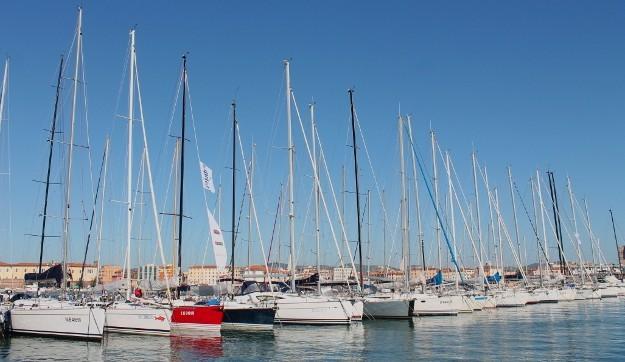 Una parte della flotta ormeggiata a Livorno, molo Mediceo. Foto Giuffrè